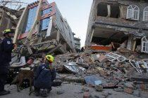 Sigue Temblando la Tierra en Nepal: Al menos 65 muertes en Nepal e India