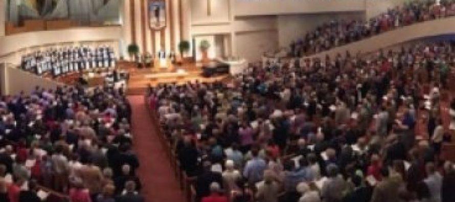 Primera Iglesia Bautista Carolina del Sur permite ordenación de pastores homosexuales y unión gay