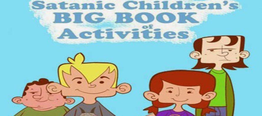 EE.UU.: Colorado comenzará a repartir libros satánicos en las escuelas públicas