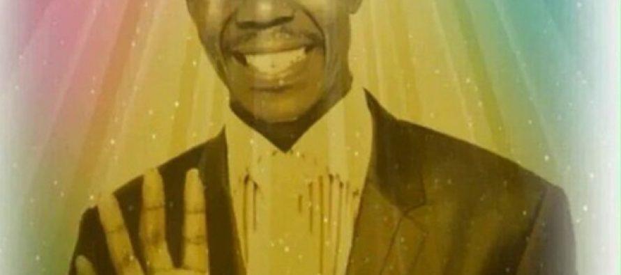 Pastor sudafricano dice que fue al cielo, tomó fotos del paraíso y las vende a 340 dolares