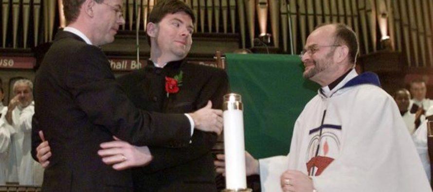 Presbiterianos de Escocia admiten matrimonio gay para clérigos