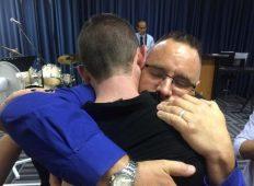 Pastor perdona hombre que mató a su hijo en accidente