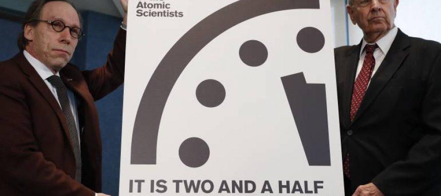 Reloj del Fin del Mundo está a dos minutos y medio de la catástrofe