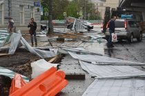 "Alcalde califica la tormenta en Moscú de tragedia ""sin precedentes"""