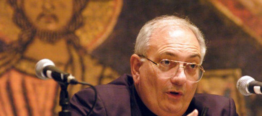 Obispo elegido por el Papa para investigar a pedófilos es acusado de abuso sexual