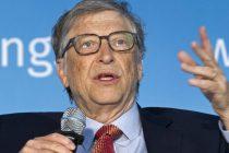 El presidente de una universidad española denuncia que Bill Gates quiere controlarnos con un chip cuando haya vacuna
